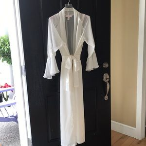 Choose your own wedding night attire